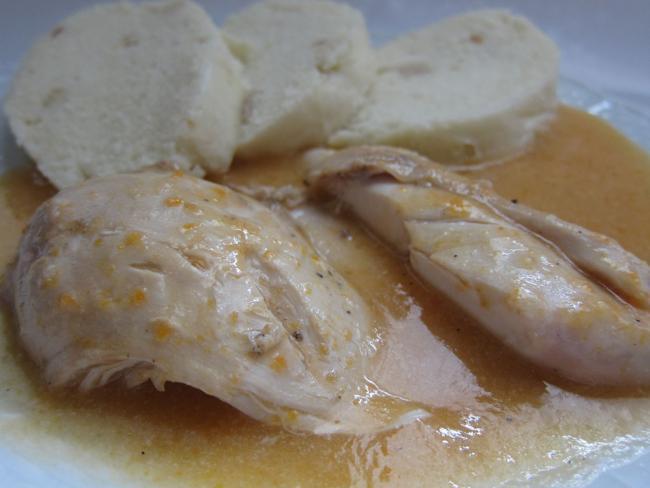 Kurczak przyrządzony na sposób polędwicy wołowej