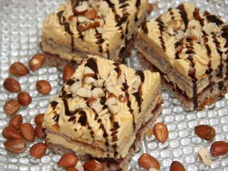 Ciasto orzechowo - karmelowe