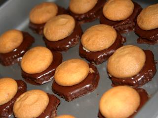 Nie pieczone czekoladowe ciasteczka