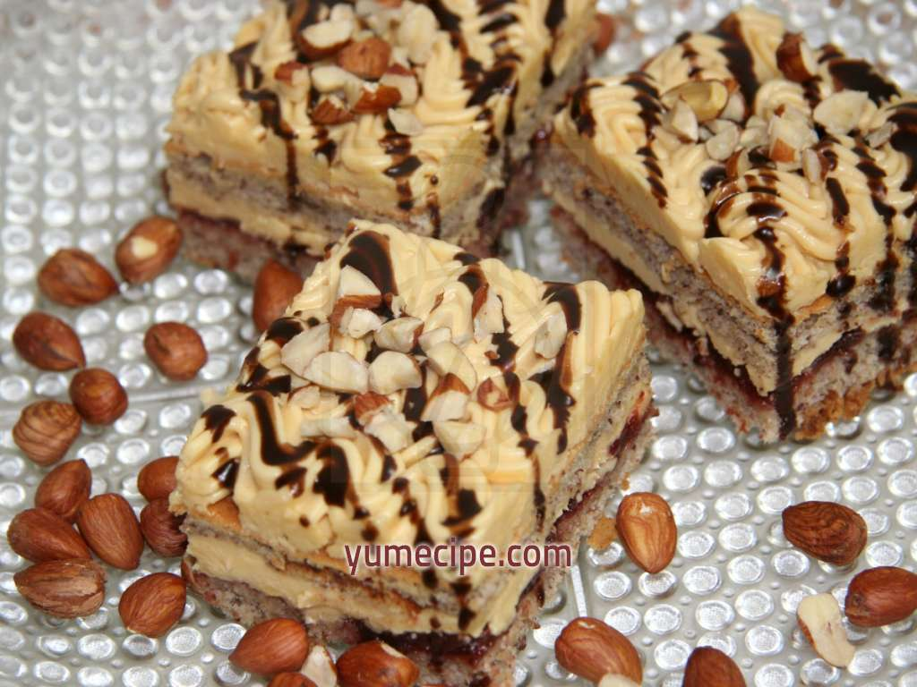 Walnut-caramel cake, recipe