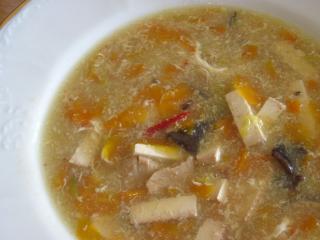 Marchewkowa ostro kwaśna zupa