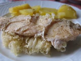 Zapiekane piersi z kurczaka z kiszoną kapustą