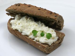 Pasta z białej rzodkiewki