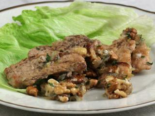 Wieprzowinka z miodem i włoskimi orzechami