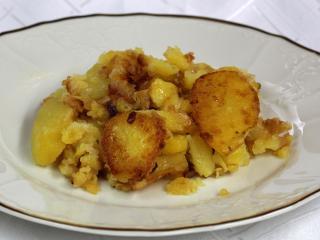 Cebulowe smażone ziemniaki