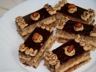 Kawowo - karmelowe ciasto