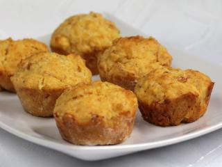 Muffiny z szynką
