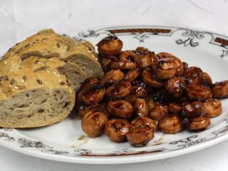 Parówki z sosem sojowym