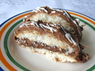 Kokosowe ciasto w foremce keksowej