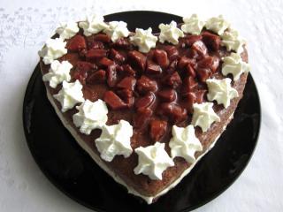 Delikatny twarogowy tort