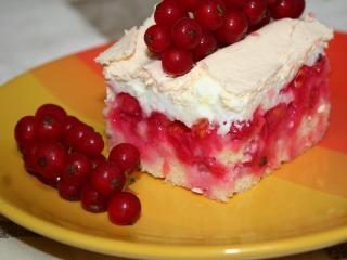 Porzeczkowe ciasto z bezą