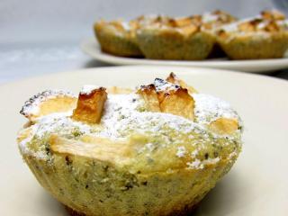Jabłkowe muffiny z miodem i stewią