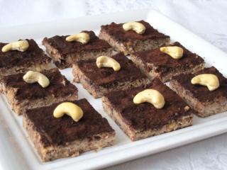 Tofu czekoladowo-orzechowe kostki