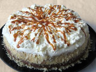 Karmelowo-bananowy tort