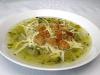 Porowa zupa z serem