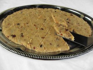 Indyjskie ciasto z kaszy manny