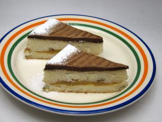 Kardamonowe ryżowe ciasto z jabłkami