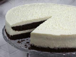 Dwukolorowy tort