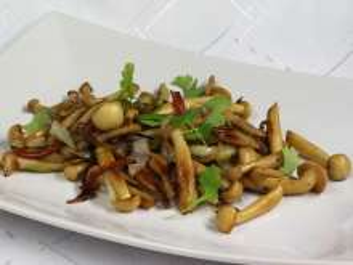 Smażone grzyby Shimeji