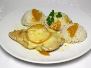Piersi z indyka z brzoskwinią i mozzarellą