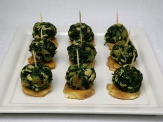 Szpinakowe kuleczki z indyczym mięsem