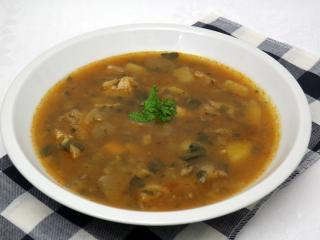 Zupa z boczniaków z czosnkiem