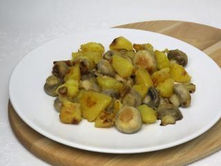 Smażone pieczarki z ziemniakami