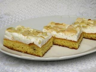 Słodkie piankowe ciasto