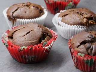Kakaowe muffiny z czekoladą
