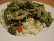 Pieczarki z brokułami w ostrygowym sosie