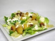 Cesarska sałatka z pieczonymi ziemniakami