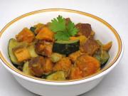 Słodkie ziemniaki z cukinią i indyjskimi przyprawami