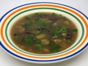 Grzybowa zupa z suszonych grzybów